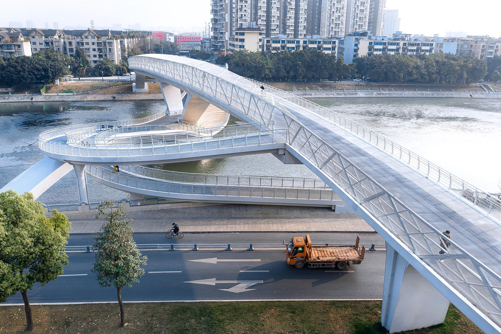 Daylight Shot 五岔子大橋 - Wuchazi Bridge (INFINITE LOOP)